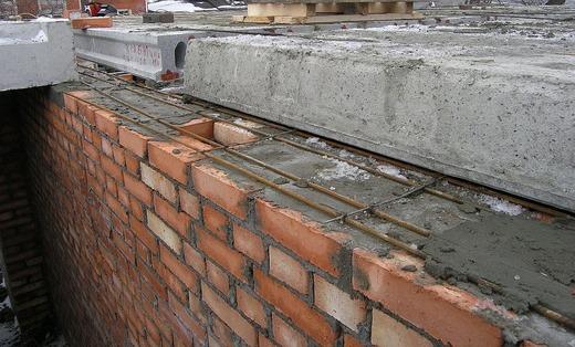 Армирование в цегляной стене