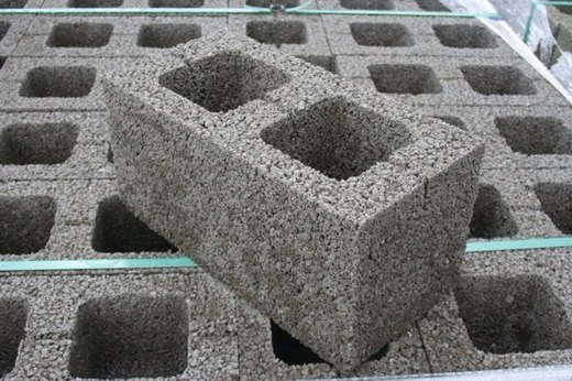 Сколько блоков керамзитобетона добавки для бетона в саратове купить