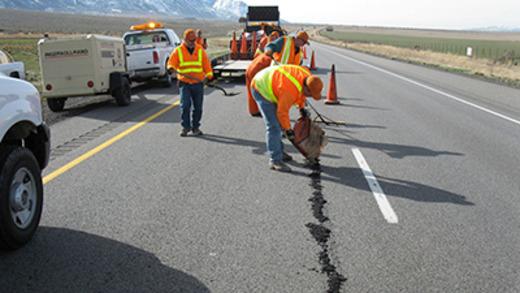 Частичный ремонт дорог