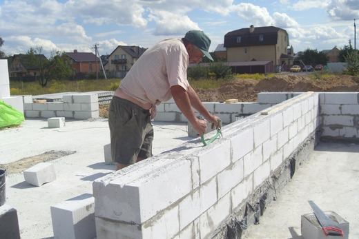 Строим дом из газоблока