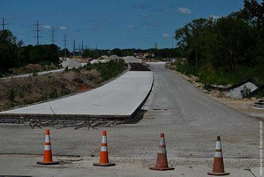 Строительство автомобильных дорог из бетона