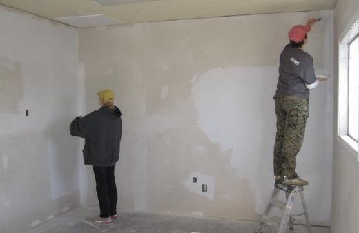 Способы отделки стен дома и квартиры из пеноблока внутри