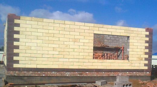 Полистиролбетонный блок с облицовкой предназначен для строительства и отделки