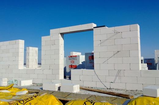 Применение ячеистого бетона в строительстве домов.