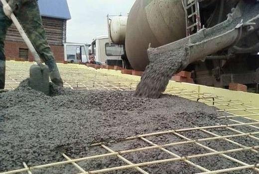 Строительный материал пескобетон м500