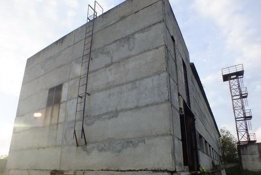 Большие объекты из бетонных панелей