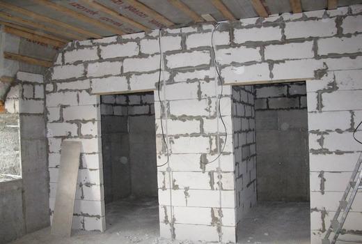 Перегородочные стены из пеноблока