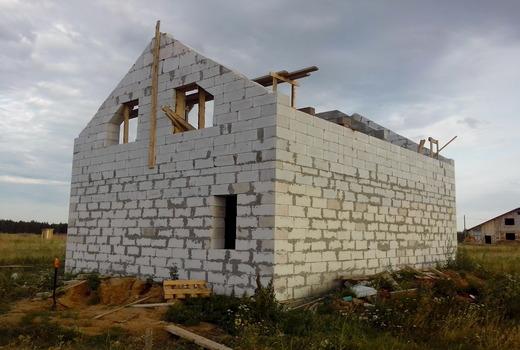 Подготовительные работы к строительству фронтона