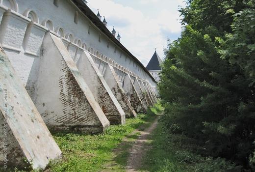 Фундаментные блоки стен и основания