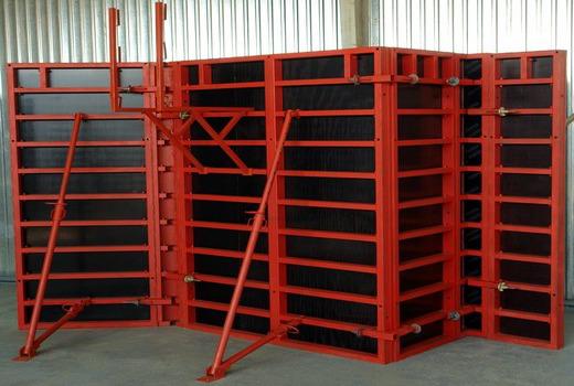 Применение для бетонирования стен и фундаментных оснований