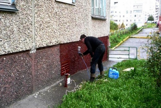 Покраска наружных поверхностей дома