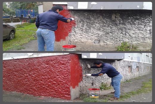 Использование валиков и кистей для нанесения краски