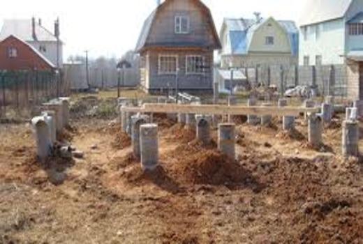 Заливка столбов под свайный ростверковый фундамент