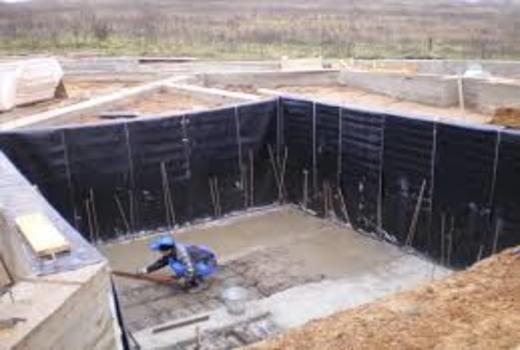 Вертикальная обклеечная гидроизоляция фундамента