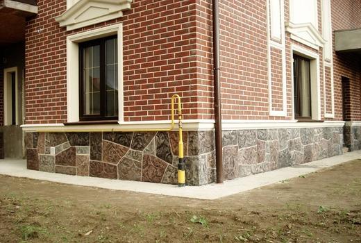 Забирка столбчатого фундамента из кирпича
